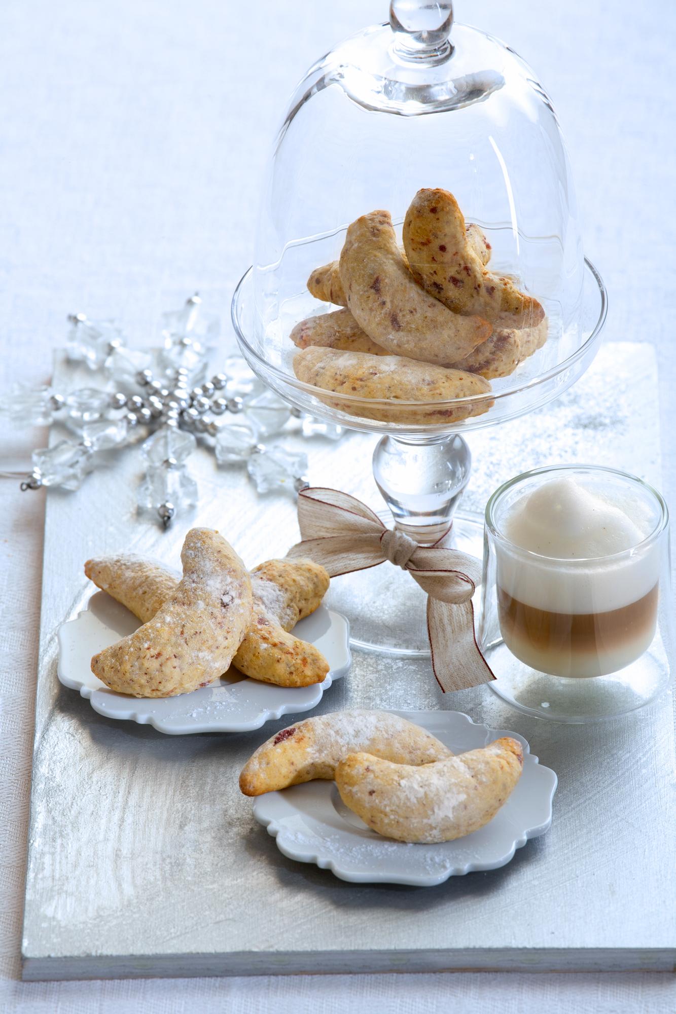 Vanille Kipferl mit Espresso